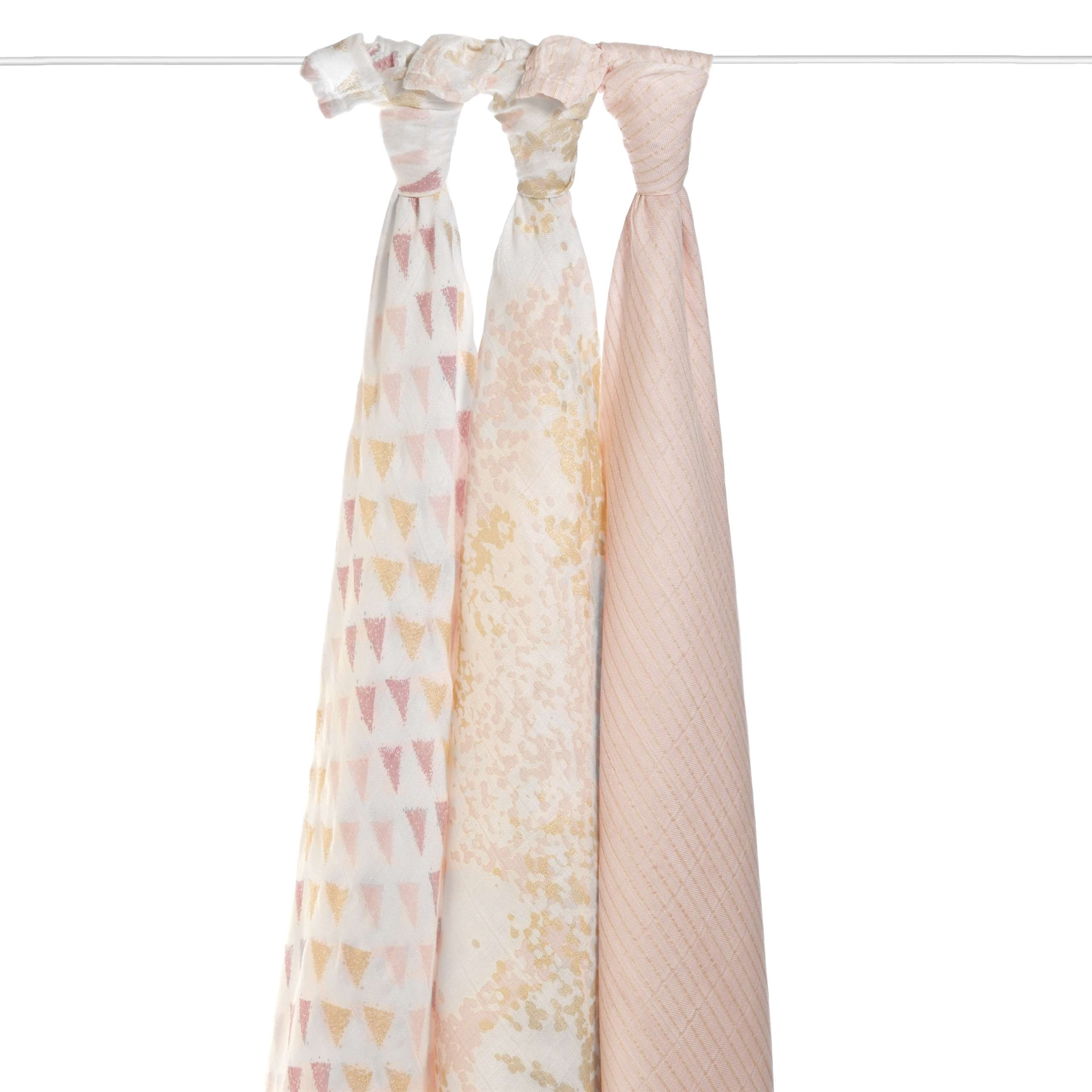 9216_1-silky-soft-swaddle-metallic-primrose-birch-hanging